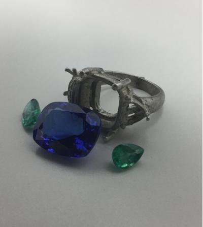 Diseño anillo Tanzanitas y...
